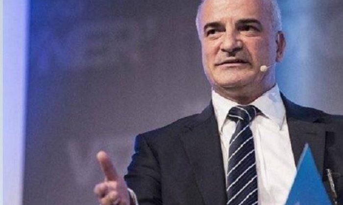 Ekonomist Hikmet Baydar'dan finans kariyeristlerine tavsiyeler- Röportaj