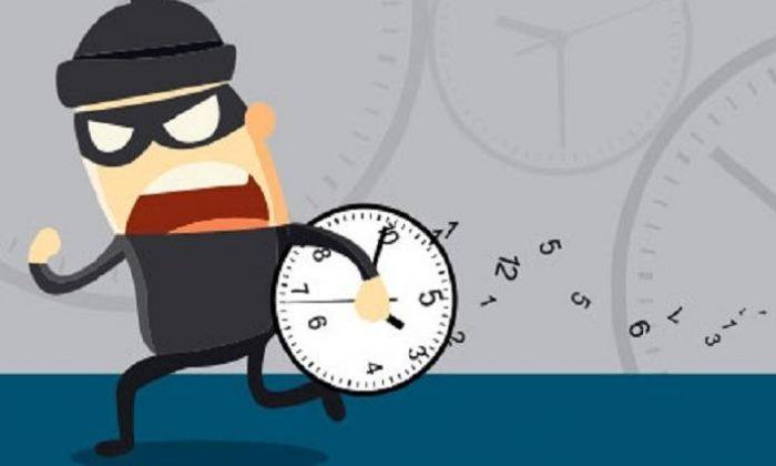 Zaman hırsızlarına dikkat!