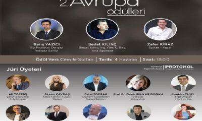 Türkiye'ye ve Dünyaya değer katan Halkla İlişkiler ve Yazar ödülü Emine Kazan'ın
