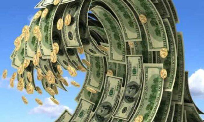 Dolar ve euroda rekor üstüne rekor